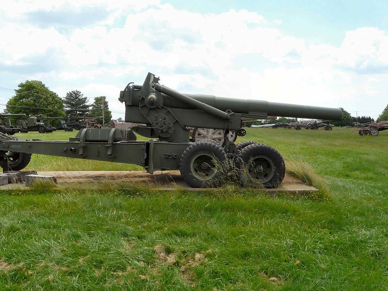 M115 203mm Howitzer (1)