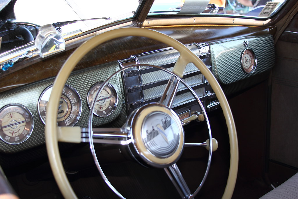 1941 Buick 8 Dash 2 | A very cool looking dash for a vintage