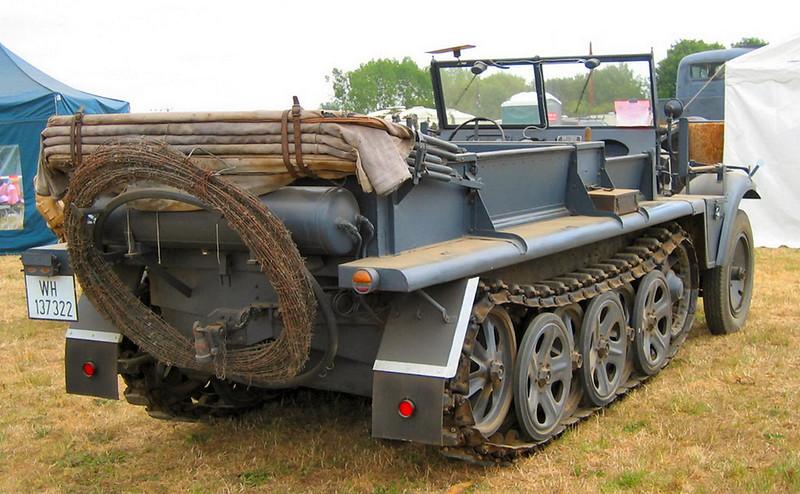 SdKfz 10 (8)