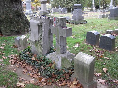 Melville Family Gravesite-010
