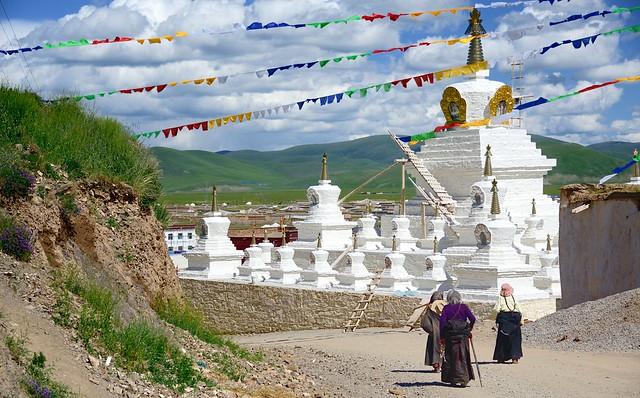Stupa of Sershul, Tibet 2014