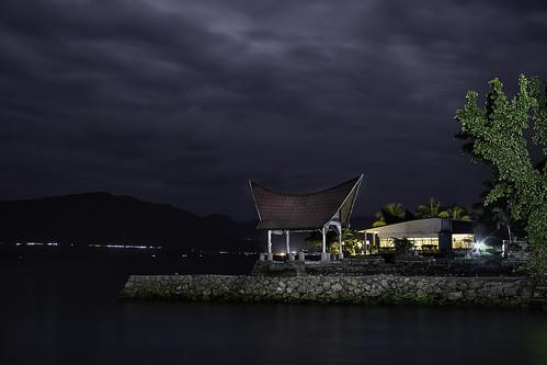 house lake photoshop indonesia lago casa nocturna batak toba