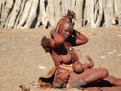 Opuwo - himba dorp 13