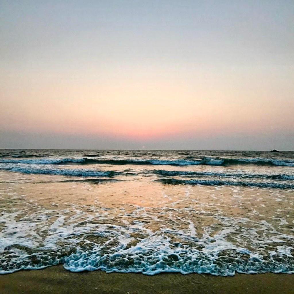 W #goa #beach #waves #...