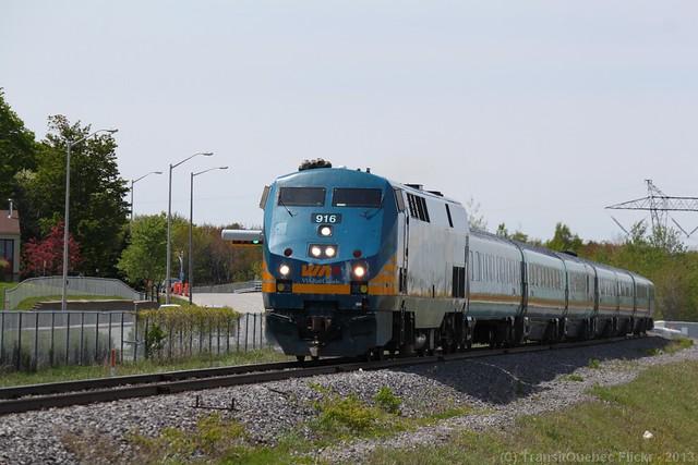 Via Rail # 916