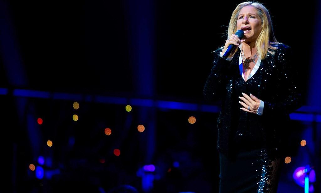 Barbra Streisand 2013-06-01 Sang Woman in Love Tonight in