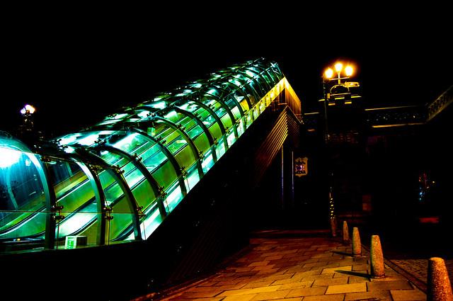 Kelvinbridge Underground Escalator Shelter