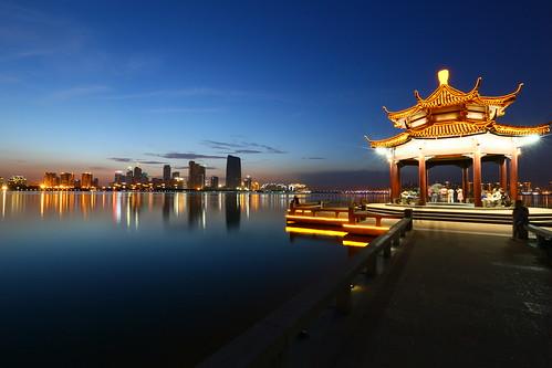 china blue sunset lake reflection water pagoda suzhou shanghai jiangsu jinjihu