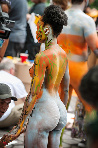 Body painting like youve never seen it before - SheKnows