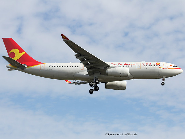 Tianjin Airlines. Airbus A330-243.