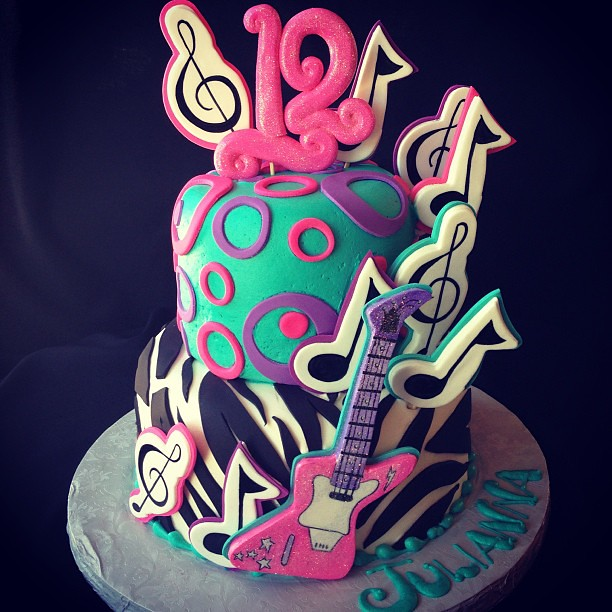 Awesome Rockstar Cake Guitar Birthday Music Musicalnotes Flickr Personalised Birthday Cards Xaembasilily Jamesorg