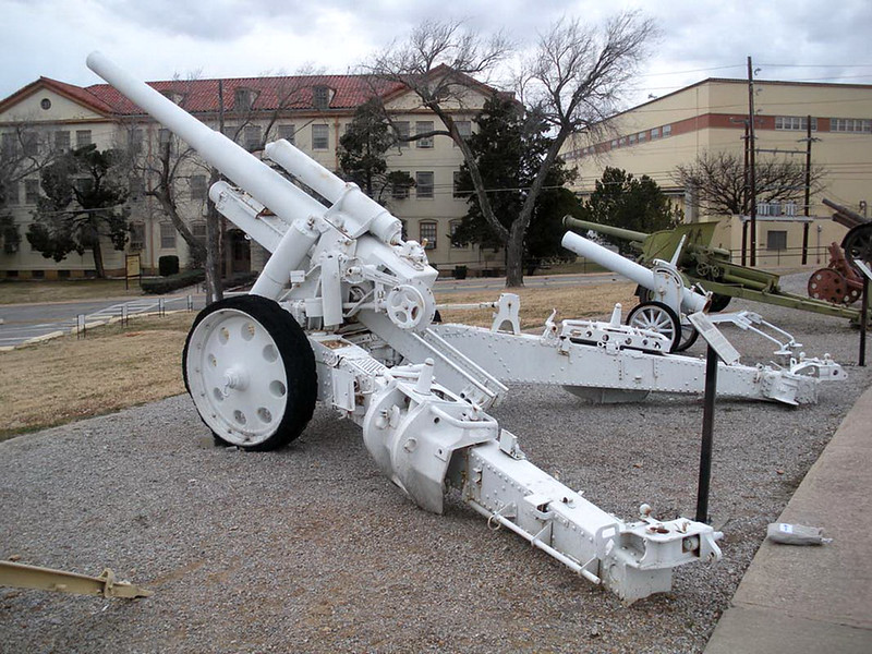 150mm s. F. H. 18 Howitzer (2)