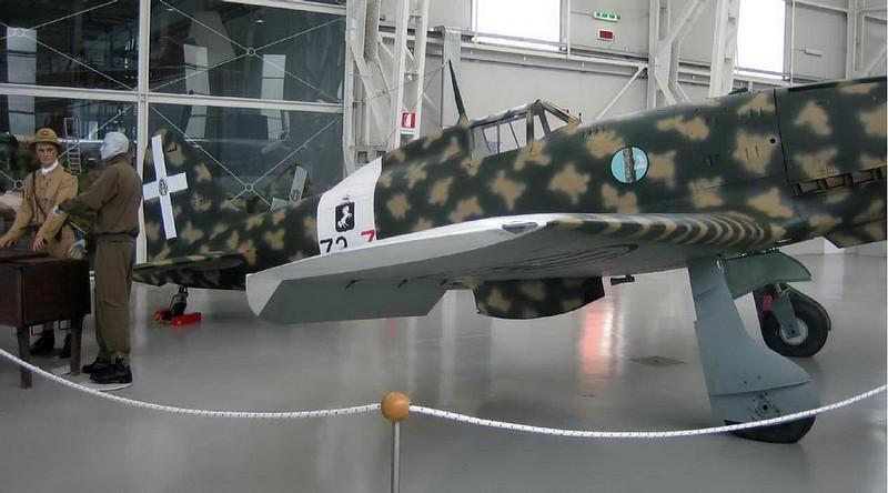 Macchi MC-202 (2)