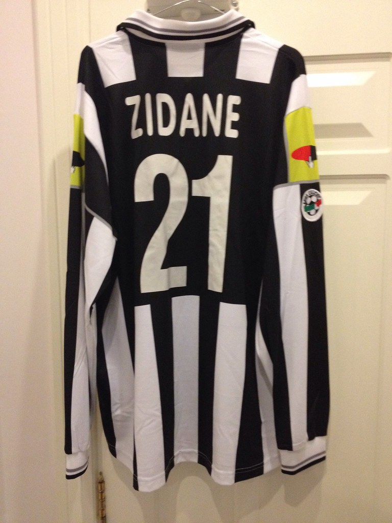 Juventus Zidane Match Worn Shirt 2000 01 A Photo On Flickriver