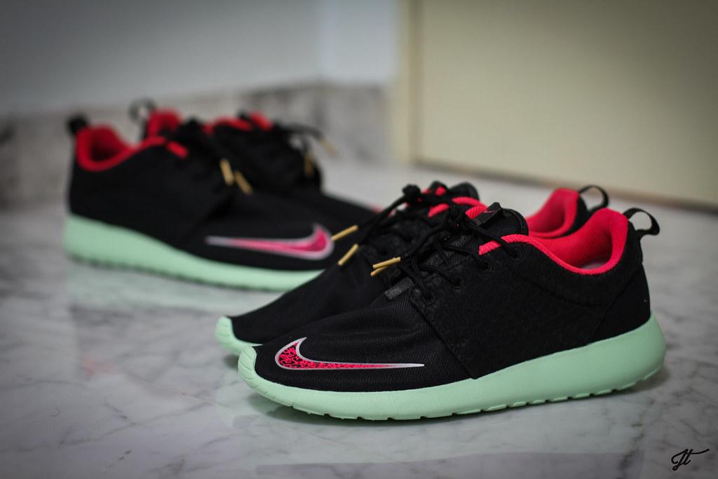 fc9b4066d3d19 ... Nike Roshe Run