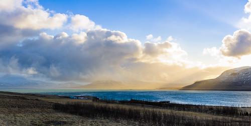blue winter sea vacation cloud sun house mountains sunrise landscape island iceland colorful meer warm europa europe urlaub wolken haus berge blau sonne sonnenaufgang rundreise roundtrip travelphotography reisefotografie vesturland