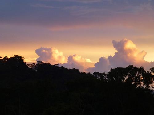 light clouds evening colorful colored edges laluz lasnubes