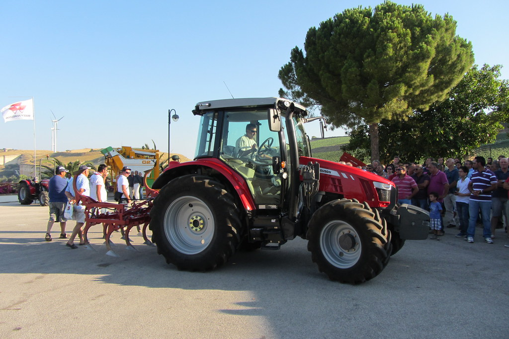 Massey Ferguson Trattori - Feudo Arancio 2013 - 4719