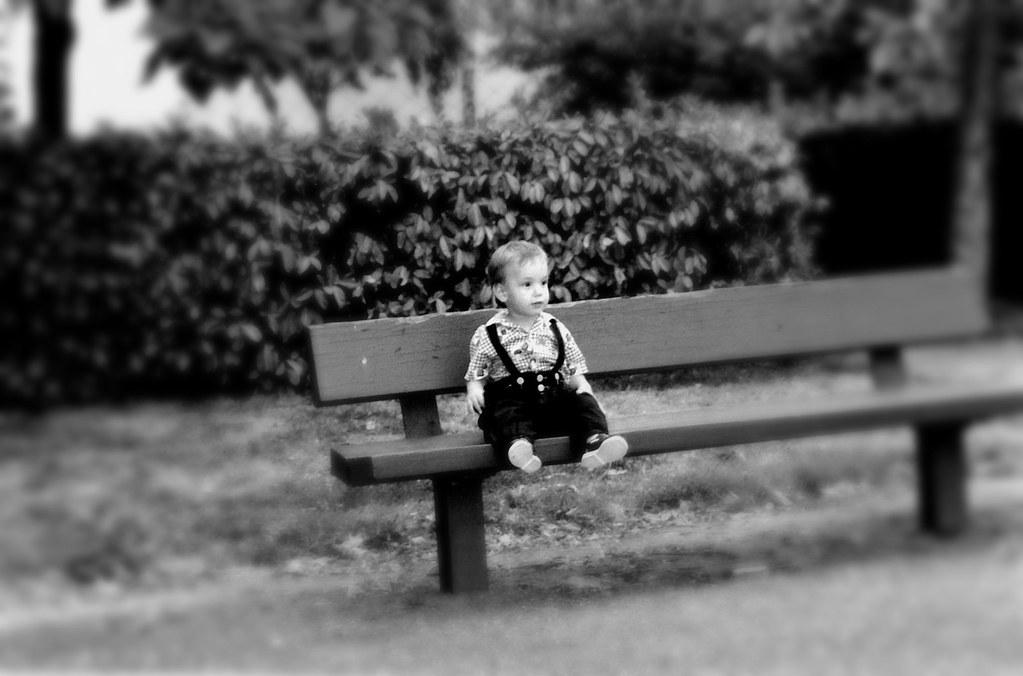 A m'asseoir sur un banc cinq minutes avec toi Et regarder ...