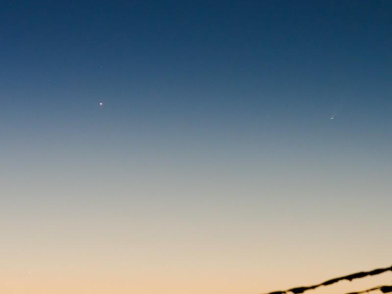 水星、アイソン彗星、土星 (2013/11/23 05:27)