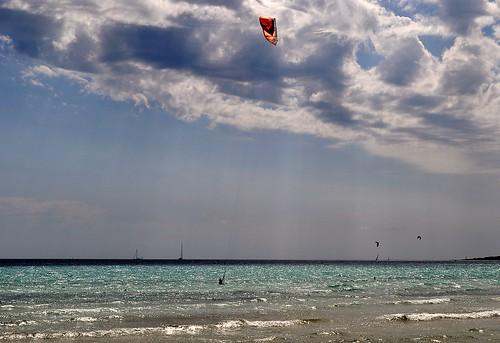 Kitesurfer   by rainerSpunkt