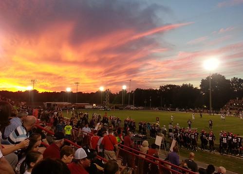 school sunset sky night evening football high alabama friday thompson pelham alabaster