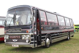 VWA290L Classic Coach   by stokie14