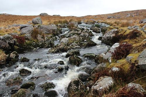 ireland mountain motion water river waterfall rocks stream cogalway connemara bog h20 eos600d
