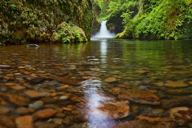 Punch Bowl Waterfall