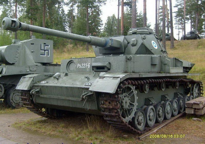 PzKpfw IV Ausf.J (1)