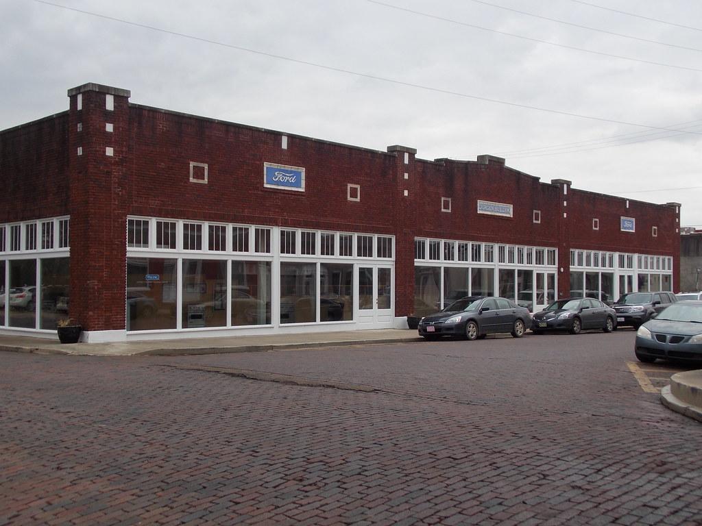 Ford Dealerships In Mississippi >> Liston P Durden Building Ford Dealership Greenwood M