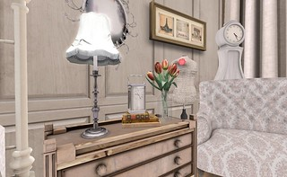 4 Seasons: Parisian Springtime Side Table | by Hidden Gems in Second Life (Interior Designer)