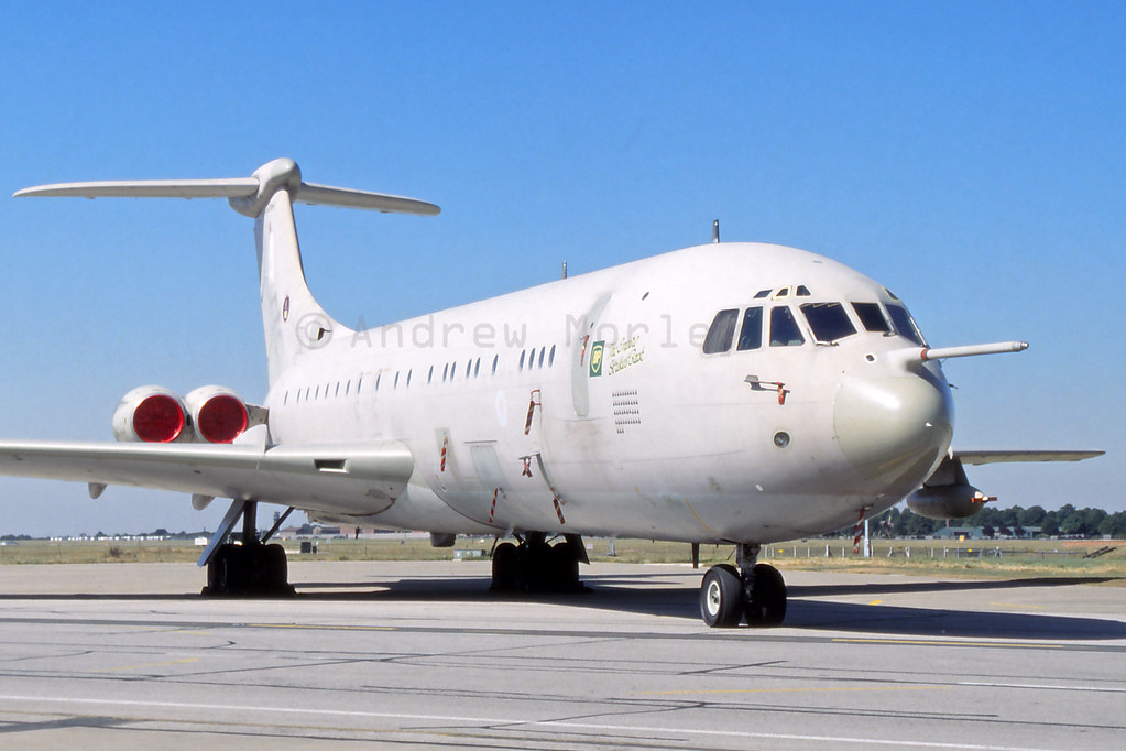 RAF VC-10K2 at the Brize Photocall in 1991.