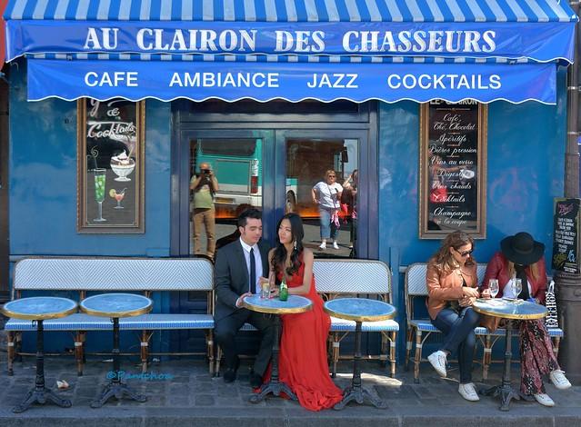 Paris Montmarte : Au Clairon des Chasseurs / Selfie