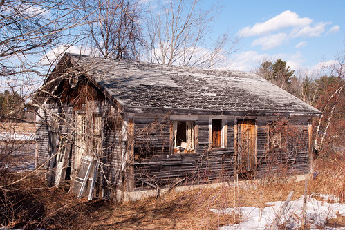 weathered dilapidated worn house small shack salisbury nh abandoned deteriorated rough