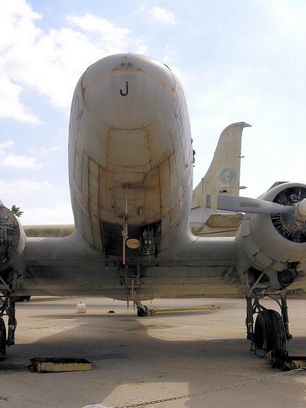 C-47B Dakota (5)