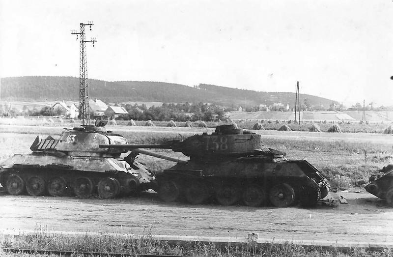 Tank T-34 (98)