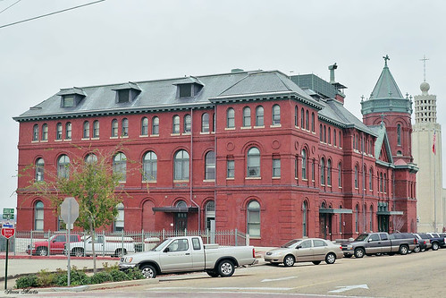cityscape architecture governmentbuilding postoffice courthouse victorian romanesquerevival vicksburg mississippi
