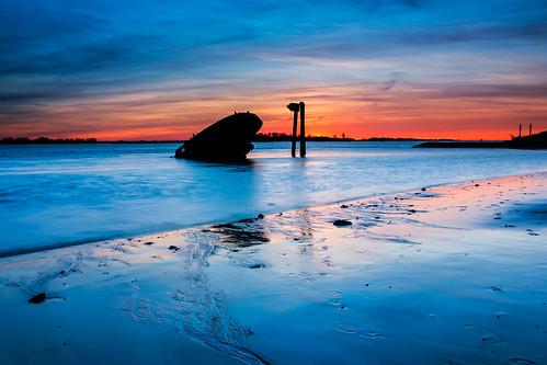 sunset night twilight sonnenuntergang cloudy hitech blankenese ndfilter polfilter hamburgelbe hoyahd sonyalphaa850 formattfilters