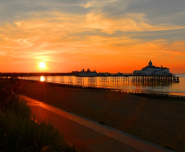 Sunrise over the Eastbourne Pier, E.Sussex, UK