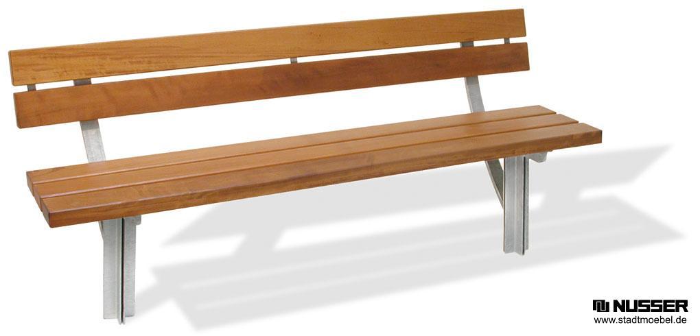 bank trier mit lehne sitzbank mit drei sitzauflagen aus. Black Bedroom Furniture Sets. Home Design Ideas