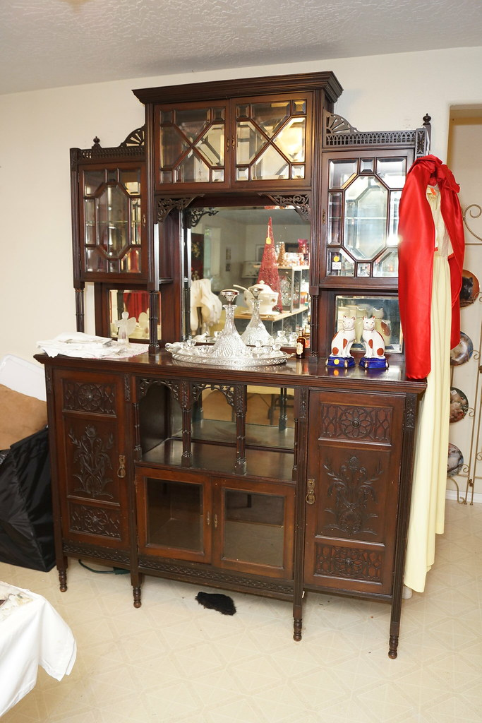Huge Estate Sale! Castle Rock, WA August 23, 24 & 25 - 2013! Photo #DSC04715