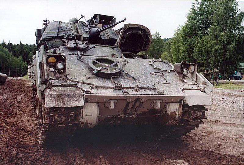 M3A2 Bradley (5)