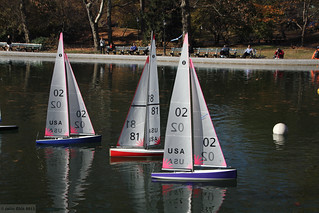 Boat Race In Central Park At The East Side Of Central Park Flickr