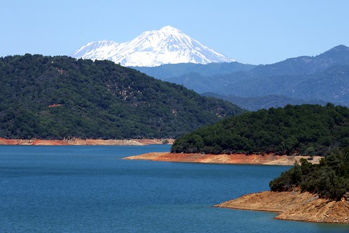 california ca mountain lake snow water beautiful landscape mt view line mount cap mtn shasta snowcap konomark