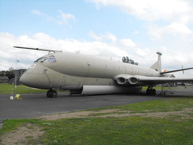 Hawker Siddeley Nimrod MR.2 - XV 250