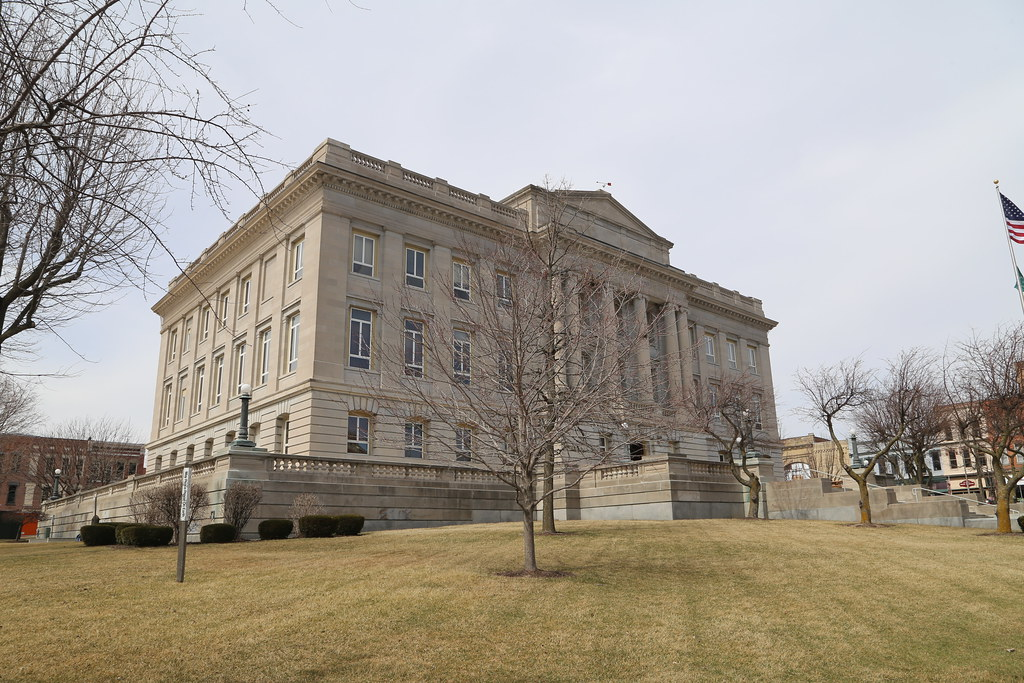 Kenton Ohio, County Courthouse, Hardin County OH | Google Ma