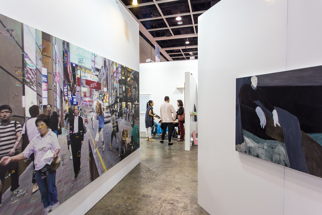 D Art Exhibition Hong Kong : Hyperrealist painting by about hong kong s lifeu d aru flickr