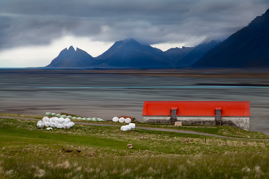Red roof in Iceland