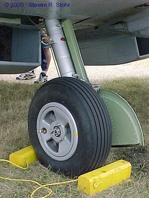 Spitfire FR XVIIIe (2)